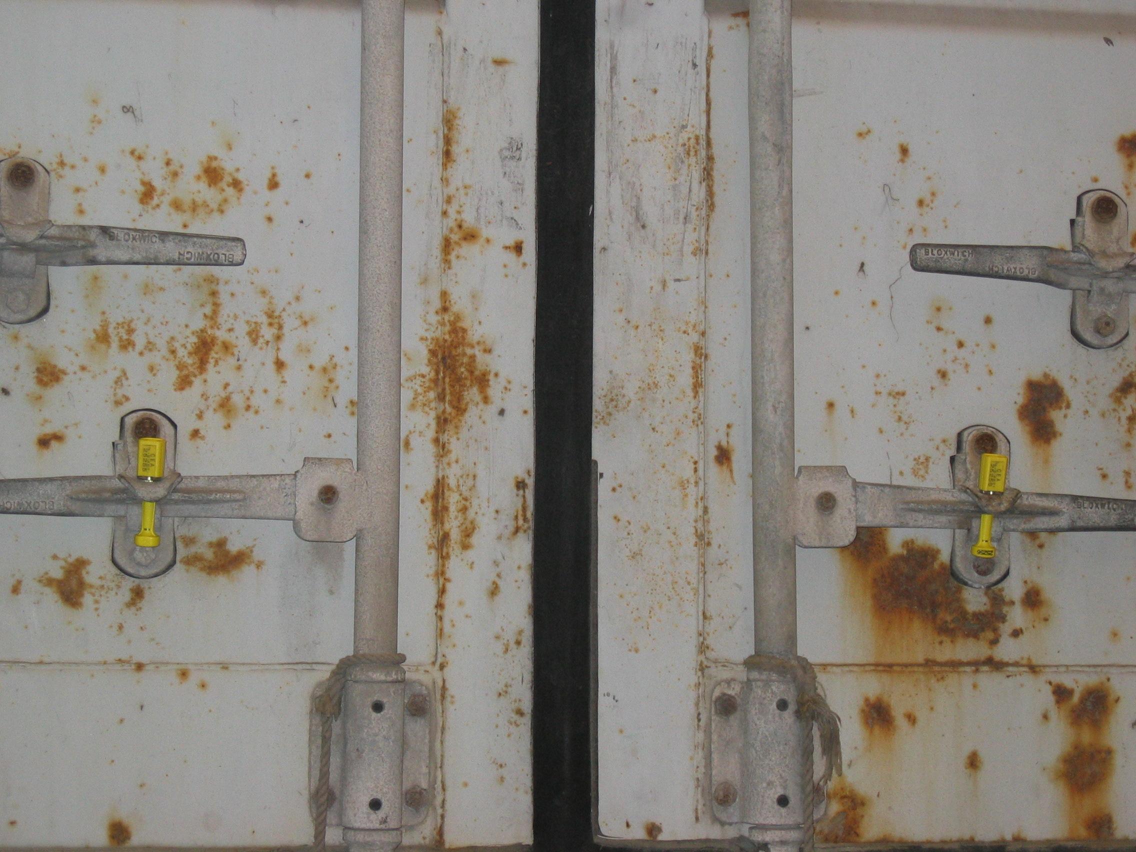 Mise en container et condannation par plomb - lagreulet SA (1)